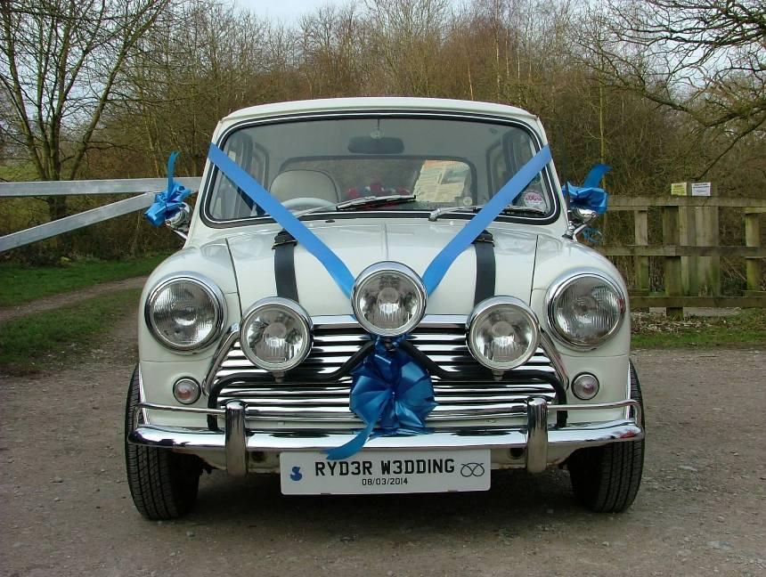Classic Mini Hire Wedding Mini Hire In Stoke On Trent Staffordshire